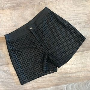 RAOUL Genuine Leather laser cut short